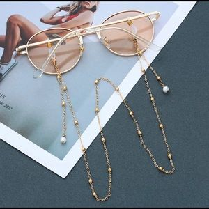 Gold chain for glasses - brand new - pearl detail